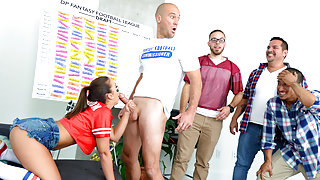 Layla London & Sean Lawless in Fantasy Draft Lay - DigitalPlayground