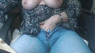 Mature masturbating on webcam - otocams.com