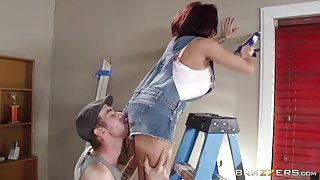 Fix-It hottie gets ass-fucked