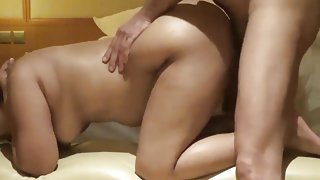 Bhabi hot action with hindi audio.mp4