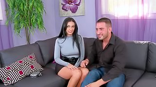 This MILD with long legs and black shiny hair is a good looker. Shes a dangerously sexy woman who looks great in her short skirt. Watch charming brunette get picked up by the Hunter!