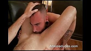 Tatted Otter Does FTM Trans Dude - XNXX.COM