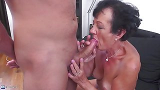 Cocksucking granny slut bends over and fucks